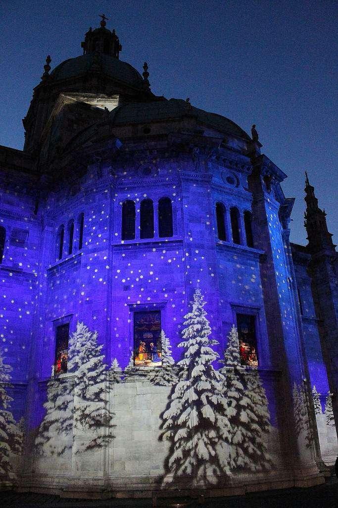 Natale sul lago di Como: scintillante di luci
