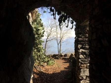 grotta giardino del merlo