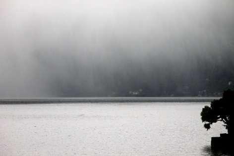 il lago di Como, nelle giornate peggiori