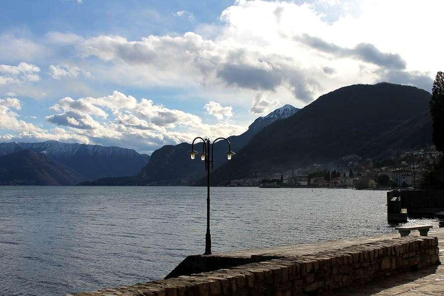 Rezzonico, lago di Como