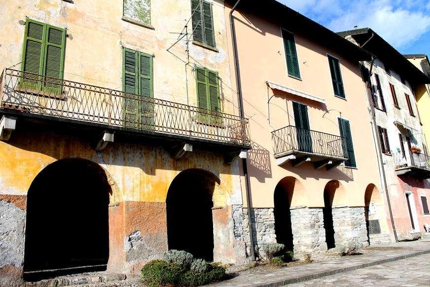 Borgo di Rezzonico sul Lago di Como