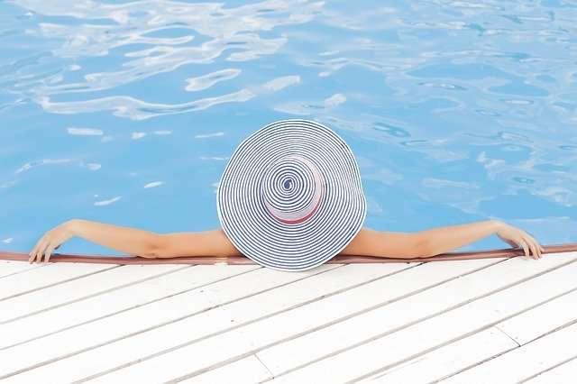 piscina in lidi sul lago di como