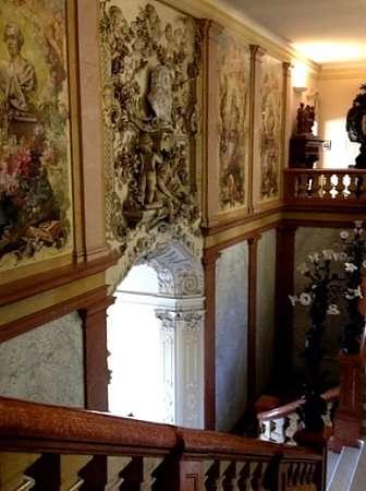 Scalone d'ingresso di Villa Monastero