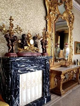 specchiera presente in Villa Monastero sul Lago di Como