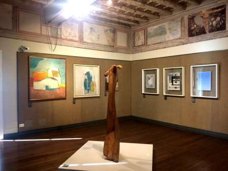 Scultura e quadri museo pinacoteca como