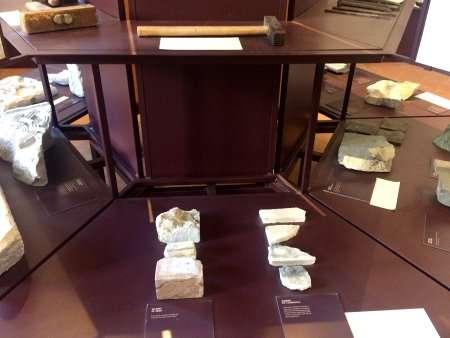 esemplari di marmo e altri materiali, pinacoteca di como
