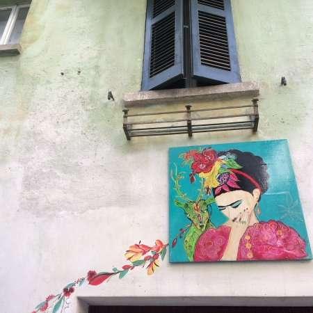 Murales Frida nel Borgo dipinto di Claino con Osteno