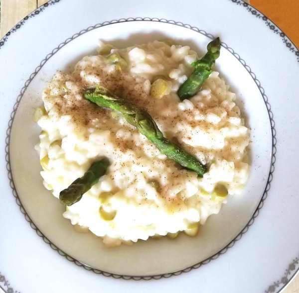 risotto agli asparagi e formaggio di capra Gubet