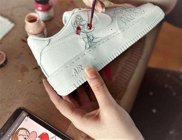 prodotti artigianali dal lago di como, scarpe personalizzate